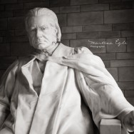 A statue of Huxley